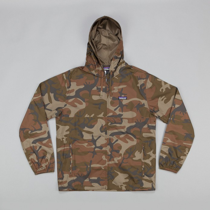 patagonia-light-and-variable-jacket-forest-camo-4