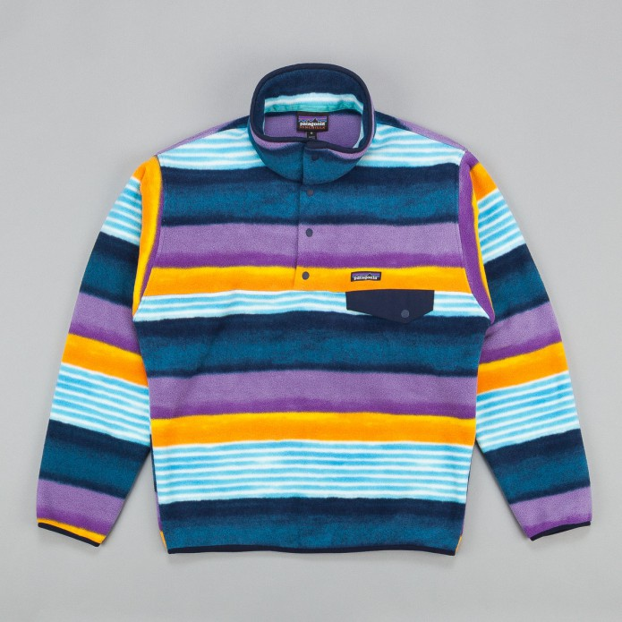 patagonia-lightweight-synchilla-snap-t-fleece-sweatshirt-painted-fitz-stripe-navy-blue-3